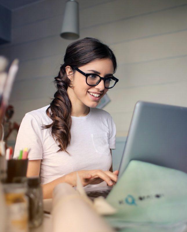 Digitaliza tu empresa y mejora la experiencia de tus clientes